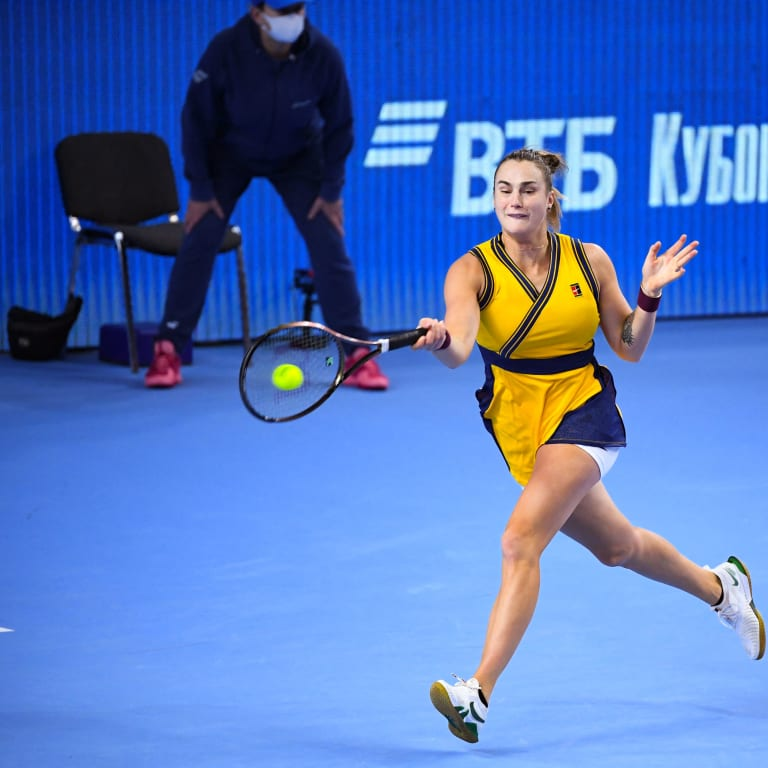 In first match since positive COVID-19 test, Aryna Sabalenka tops Ajla Tomljanovic at Kremlin Cup
