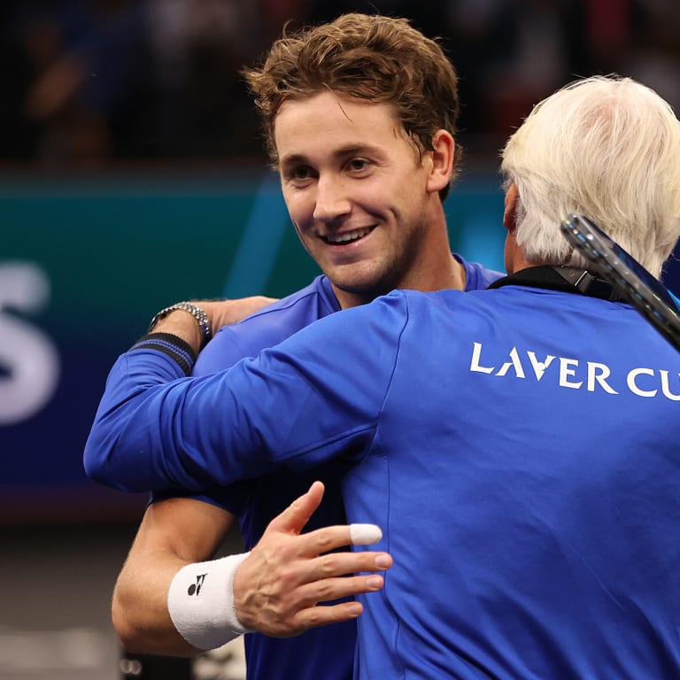 With Federer watching in Boston, Ruud outclasses Opelka to launch Laver Cup