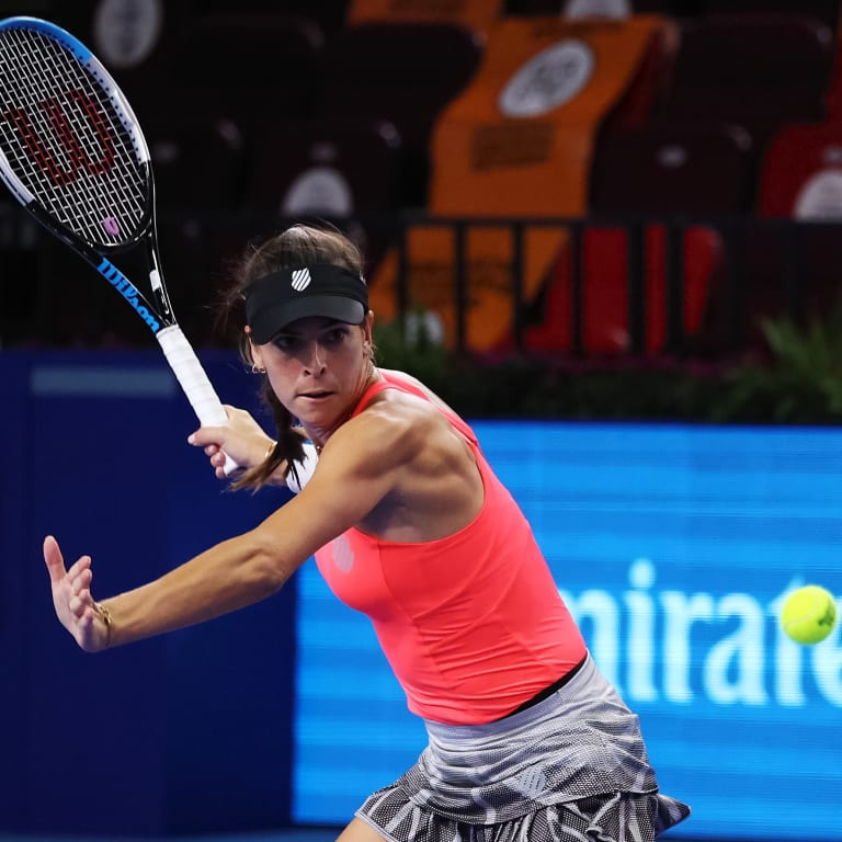 My Tennis Life: Tomljanovic travels to Moscow and enjoys dinner in bed