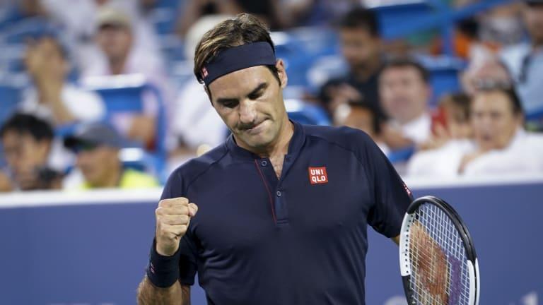 Federer edges Wawrinka in quarterfinal thriller in Cincinnati