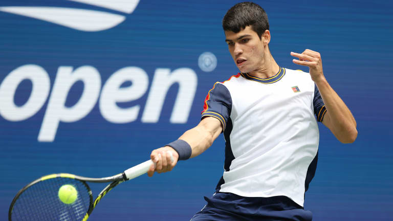 Down to the final point of this gripping 4:07 second-rounder, Alcaraz fired his forehand.