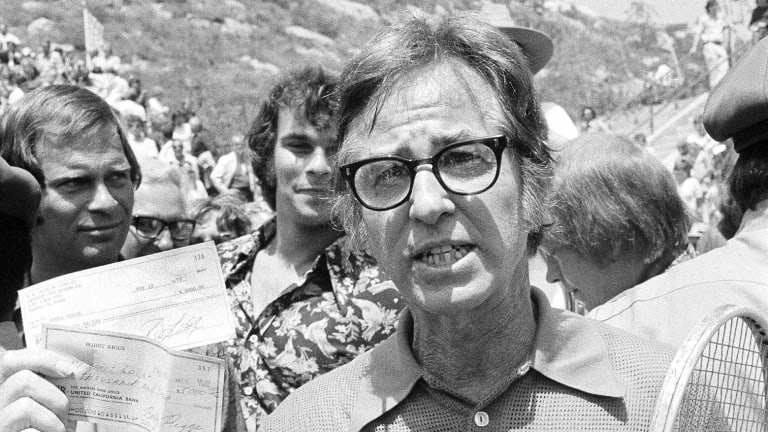 TBT: The Mother's Day Massacre—Bobby Riggs over Margaret Court