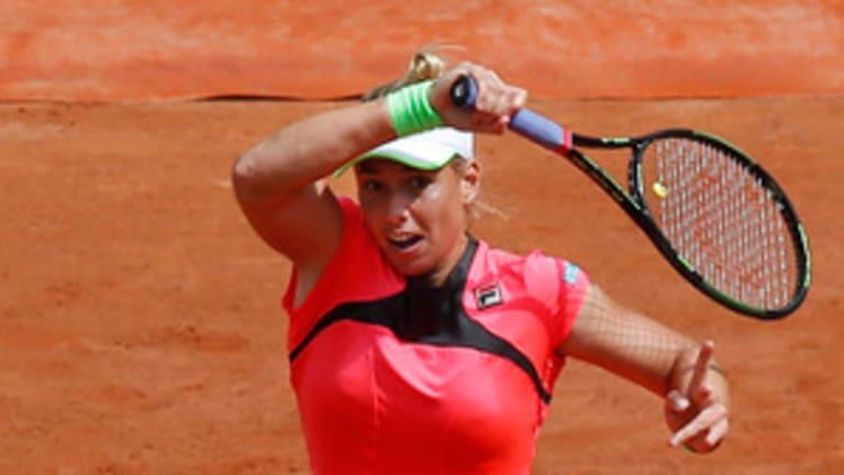 Person to Person: Petra Kvitova's latest head-scratching struggle