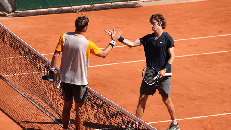 It was as close as could get between Struff and Rublev, who each won 170 points over the course of five sets. In the end, the unseeded German prevailed.