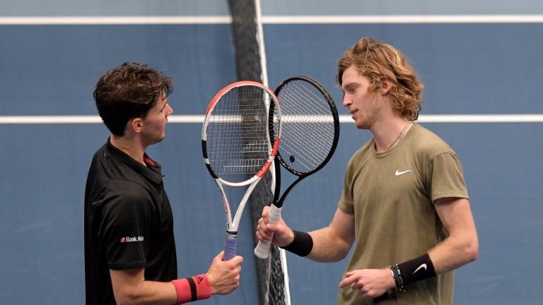 Top 5 Photos 10/30: Vienna semifinals  get set