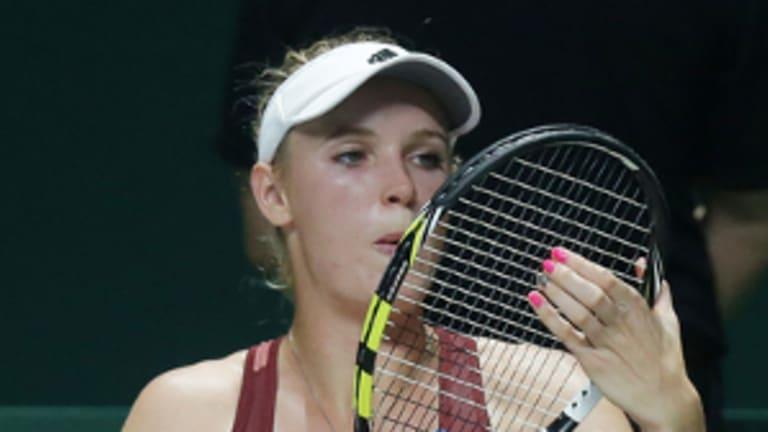 WTA Finals: S. Williams d. Wozniacki (VIDEO)