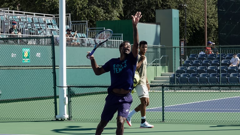 When Felix Auger-Aliassime arrived for his practice, the No. 7 seed conversed in French with Monfils as he walked around.