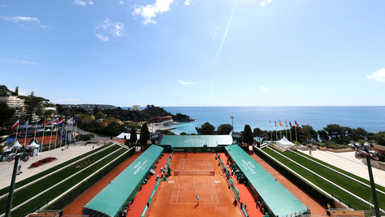 Top 5 Photos 4/13:  Play resumes in  Monte Carlo on Day 3