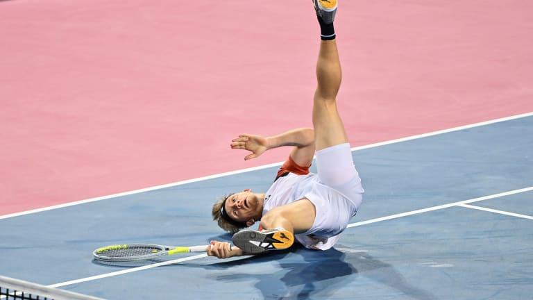 Top 5 Photos 2/26:  Bencic bounces back  to defeat Gauff