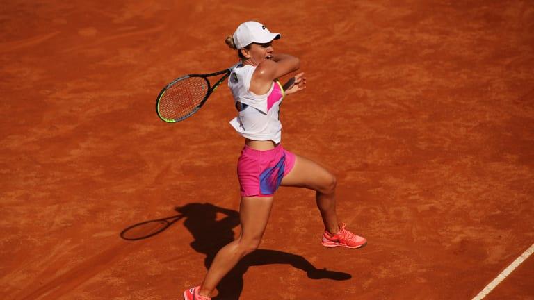 Rome—Azarenka comforts injured Kasatkina; Djokovic, Halep & Nadal win