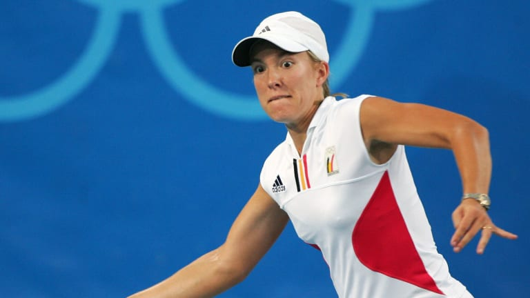 TBT, 2004 Athens Olympics: Henin rallies from the brink to top Myskina