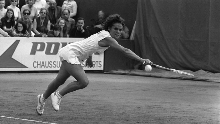 Goolagong won both Roland Garros and Wimbledon in 1971 (Getty Images).
