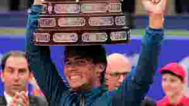 """Photo of the Day: Nadal with his Barcelona """"crown"""""""