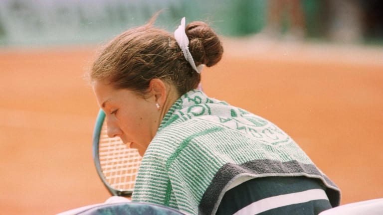 TBT, 1993 Hamburg: Monica Seles' stabbing changes tennis history