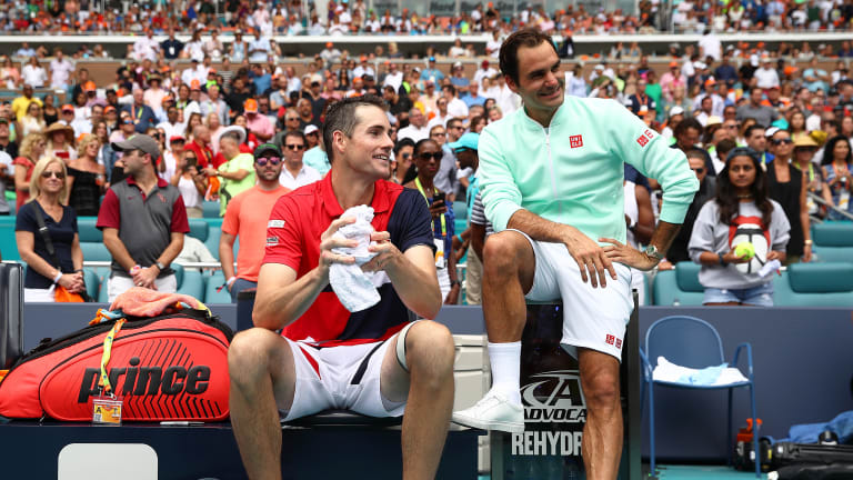 Rankings freeze aids Federer, Andreescu; keeps ATP No. 1 battle close