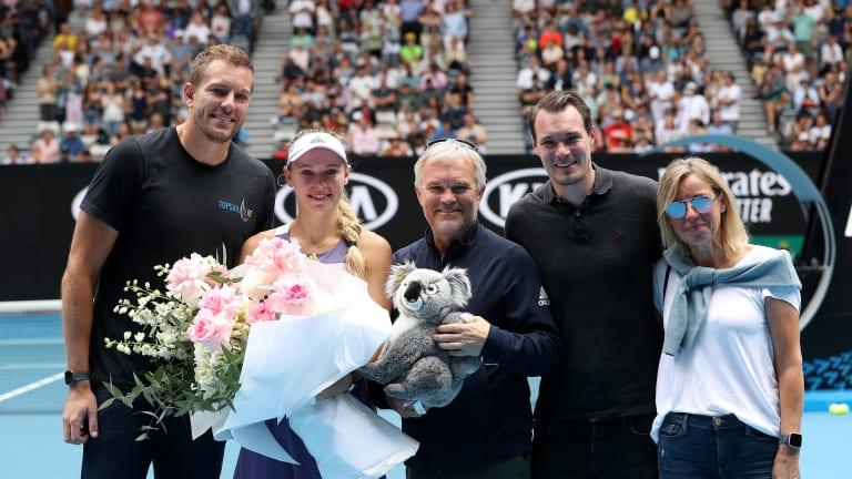 Top 5 Photos, 1/24: Wozniacki ends  career; Coco mania