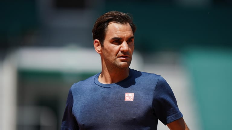 Roger Federer enters the French Open with 20 Grand Slam titles and minimal expectations.