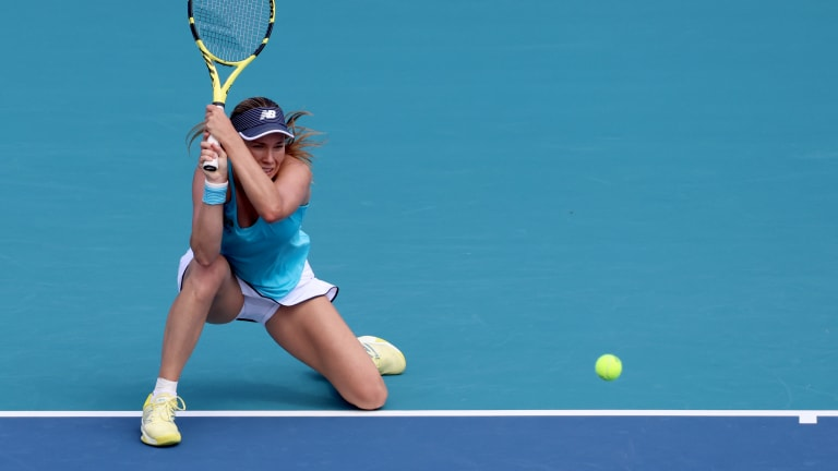 Americans in Miami—Collins, Giron advance; Stephens ends drought