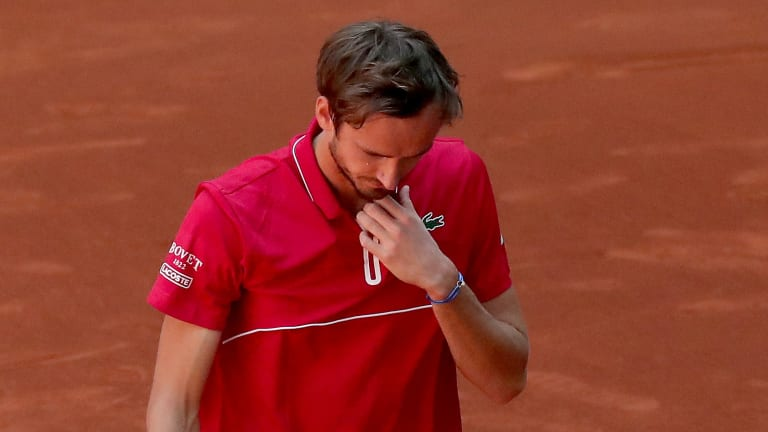 While Thiem navigates his way to Madrid quarterfinals, Medvedev falls