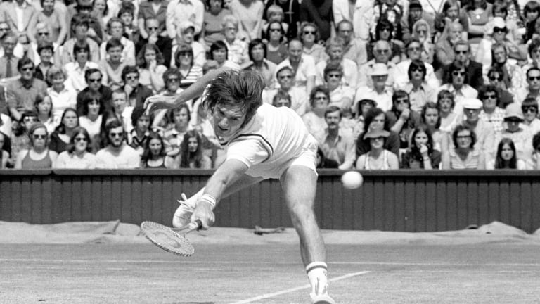 Connors in action at 1974 Wimbledon.